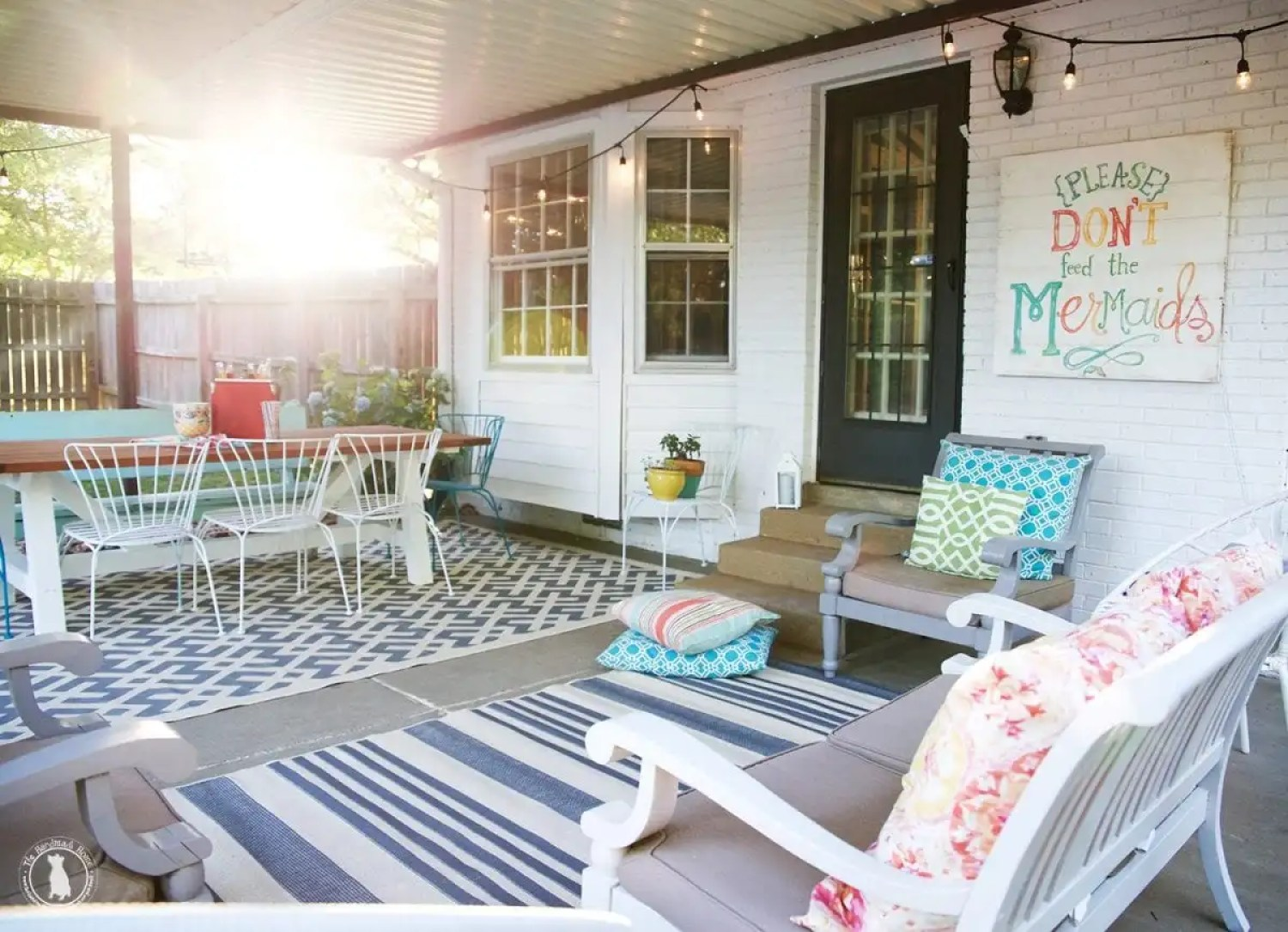 tips for creating an outdoor space - signs