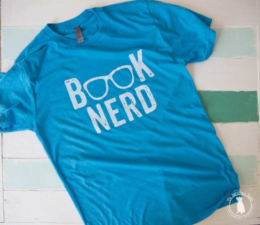 book_nerd_comfy_tee