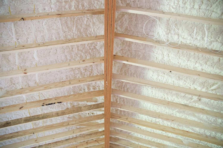 ceiling_spray_insulation