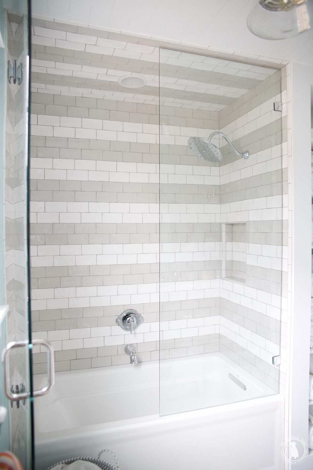 shower_striped_tile
