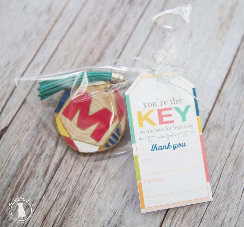 diy wood slice keychains