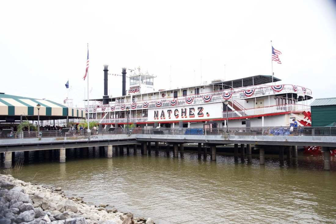 what to do in new orleans - steamboat