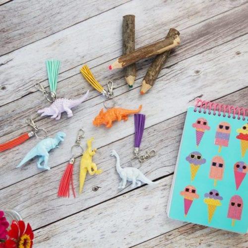 make your own dinosaur keychain