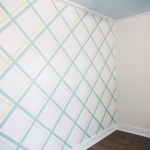 painting a plaid wall with frogtape®