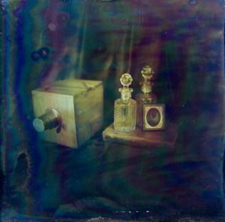 Filipe Alves and Rute Magalhaes, Still Life, Lippman plate, 6x6 cm http://www.silverbox.pt