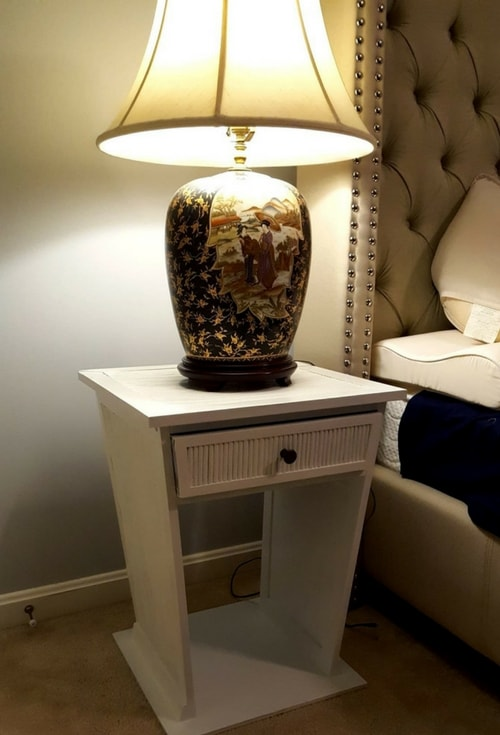 Modern Painted White Nightstands