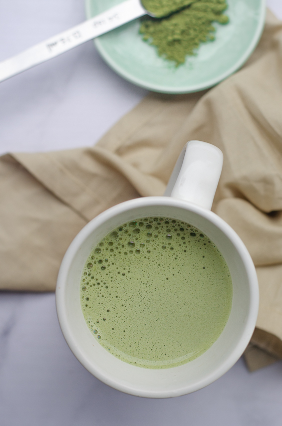 This super-frothy vegan matcha latte is so creamy and earthy! Made with your favorite dairy-free milk of choice, it is also sugar-free, low-carb and paleo!