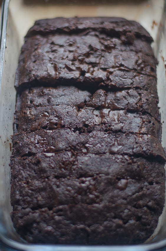 If you're looking for a fun and different recipe, this healthy keto brownie bread is the perfect dessert for you! Keto, low-carb, paleo, sugar-free, gluten-free, dairy-free.