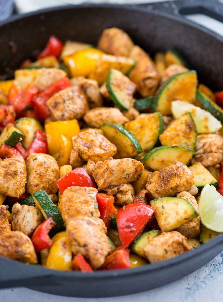 CAJUN CHICKEN & VEGETABLE SKILLET