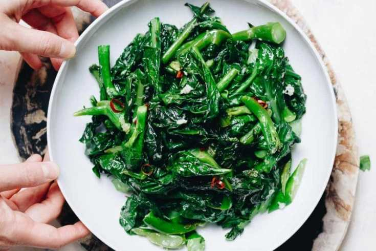 Healthy leafy greens - Chinese Broccoli with Garlic Sauce!