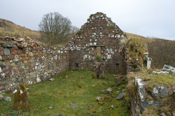 Ardchattan old church (7)