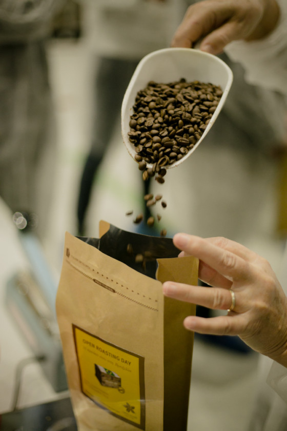 Open-Roasting-Day-Coffee-Island