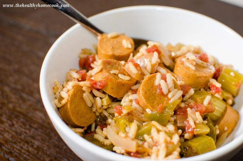 If you love Cajun food, you must try this tasty vegan jambalaya filled with veggies, vegetable broth and vegan sausage.