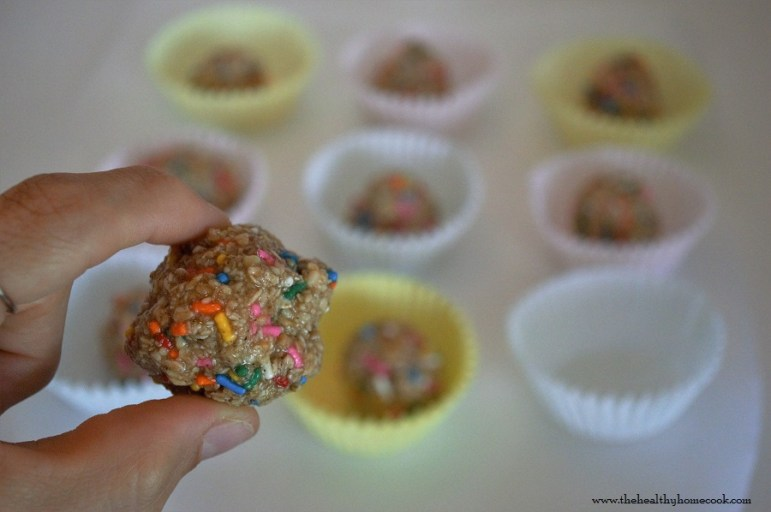 Don't stress about baking for your next party. These Funfetti Clean Eating Cookie Dough Bites are no-bake, no-sugar, no-gluten, no-dairy and TOTALLY awesome.