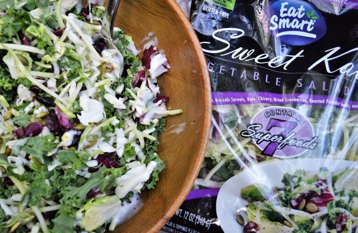 Review: Eat Smart Sweet Kale Salad Kit