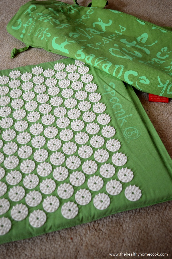 The Healthy Home Cook review of Spoonk Acupressure Massage Mat