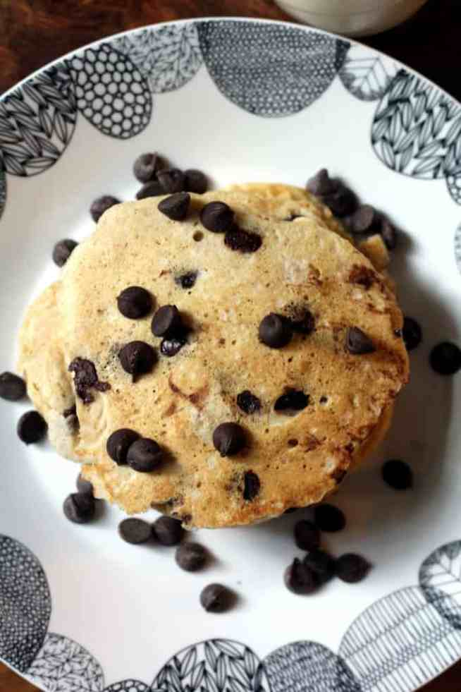 chocolate-chip-pancakes