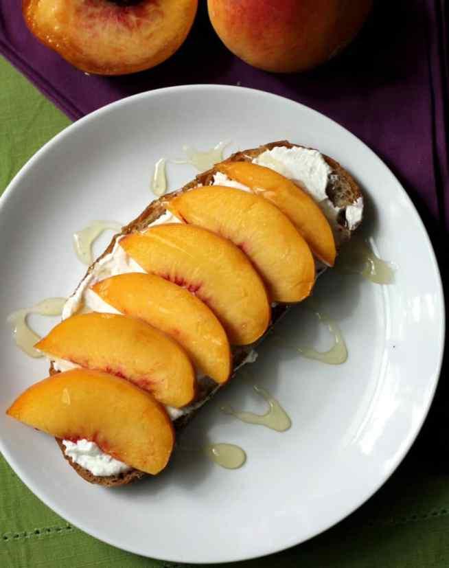 ricotta-peach-toast