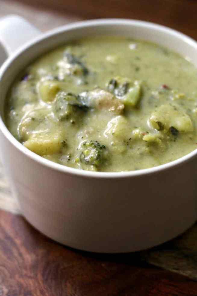 broccoli-cheddar-soup-2