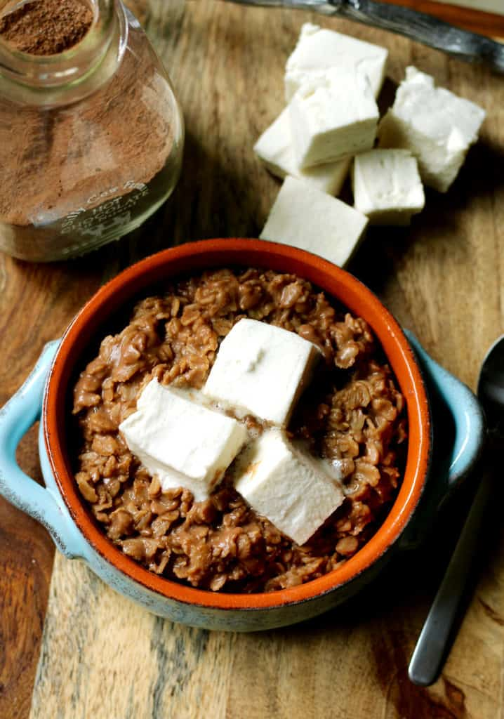 hot-cocoa-oats-with-marshmallow