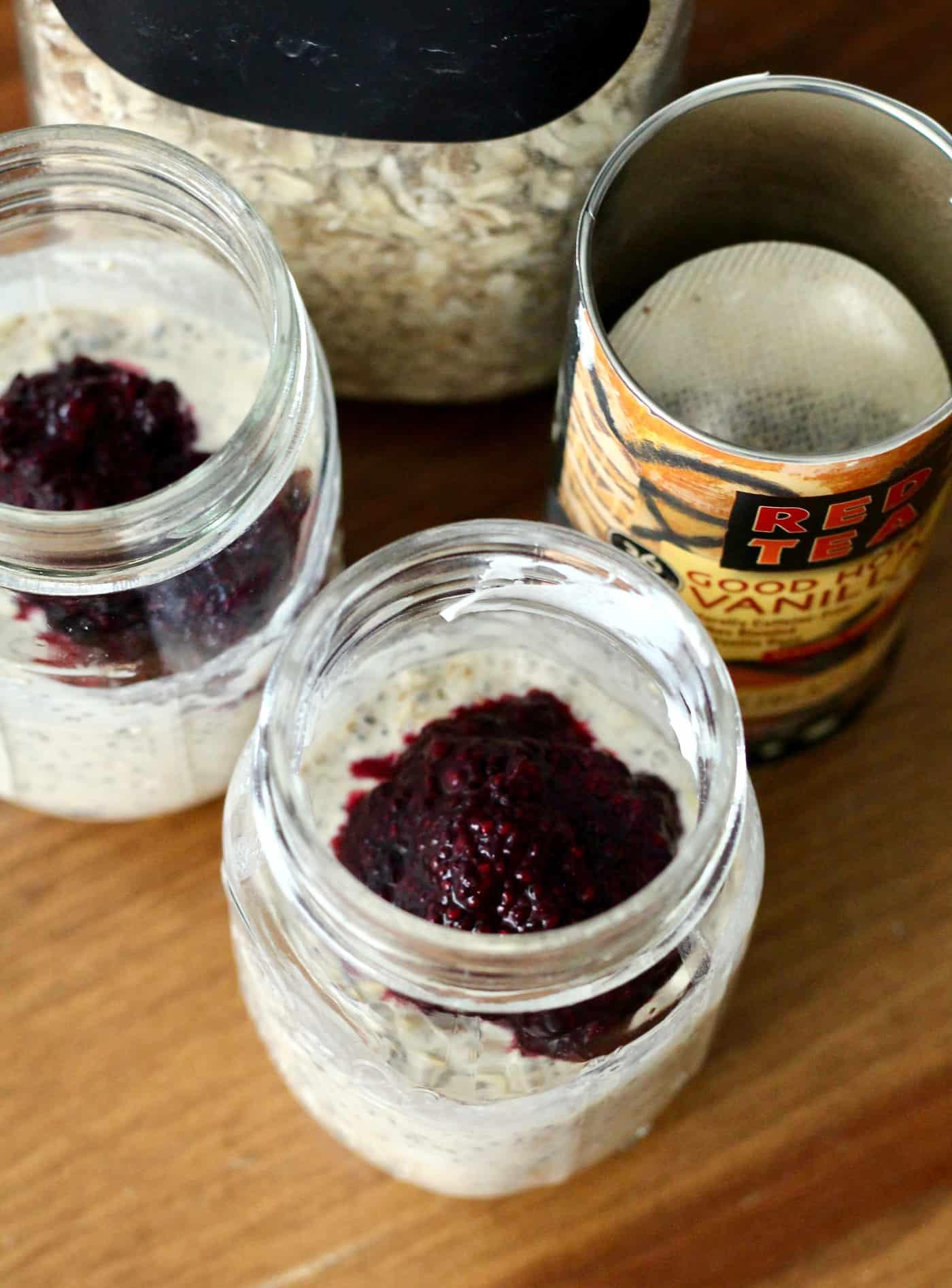 Vanilla Ribose Overnight Oats with Berry Chia Seed Jam