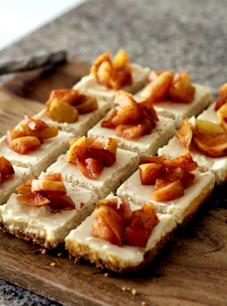 Skinny apple cheesecake bars