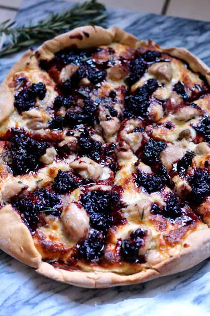 Blackberry chicken pizza