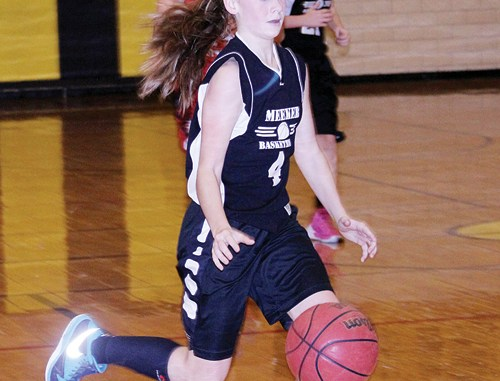 Barone Middle School eighth-grader Grace Bradfield dribbles down the basketball court during a game against the Glenwood Springs Demons, which BMS won 39-20. The Barone girls are still undefeated on the season after beating Craig Middle School by a 17-8 score on Saturday morning. Meeker will play host to the annual league tournament on Feb. 14.
