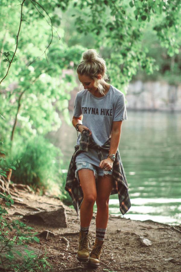 679c6ab1cdf Fashionable hiking outfits - HI FASHION