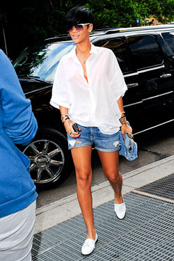 outfits with boat shoes Rihanna
