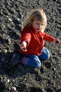 children in nature, hiking, rocks, washington park, anacortes