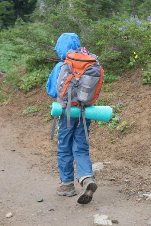 hiking with children, rainy hikes, kids hiking gear, nachos loop trail