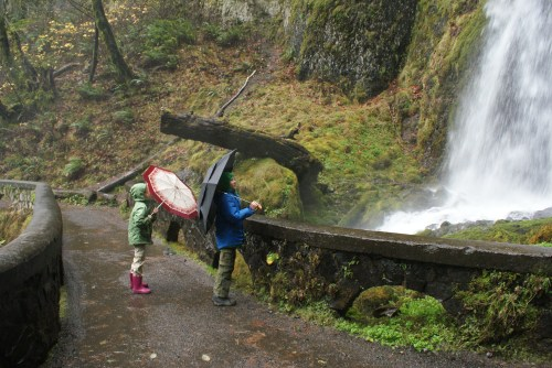 Wahkeena Falls, hiking with children, Columbia Gorge hikes, rainy day hiking