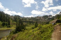 hiking with children, summer hikes, mt baker area trails