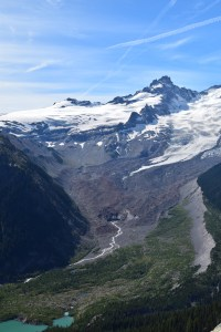 sunrise area trails, hikes for kids, fall hiking, glaciers, moraine, white river, burroughs loop