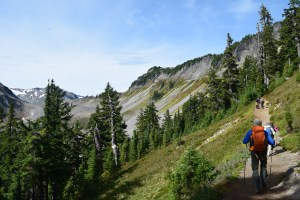 hiking with kids, fall hikes, summer, chain lakes trail, mt. baker