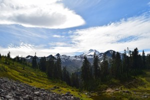 mt. baker, chain lakes trail, best hikes for kids, fall color, fall hiking
