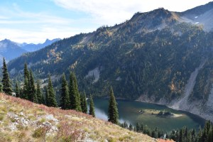heather maple pass trail, fall hiking, best hikes for kids, north cascades
