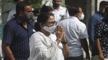 Bhabanipur bypoll: Mamata files nomination, BJP fields lawyer Priyanka Tibrewal against her