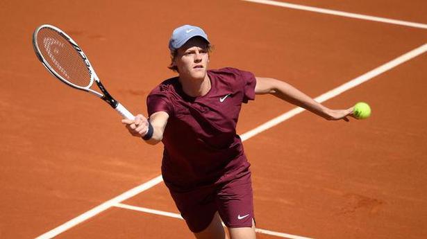 Barcelona Open   Nadal surges into Barcelona semi-finals, Tsitsipas to face Sinner
