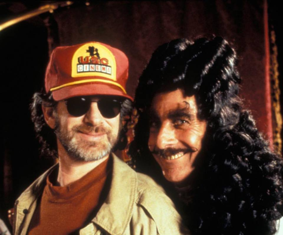 Steven Spielberg and Dustin Hoffman on the set of 'Hook' (1991)
