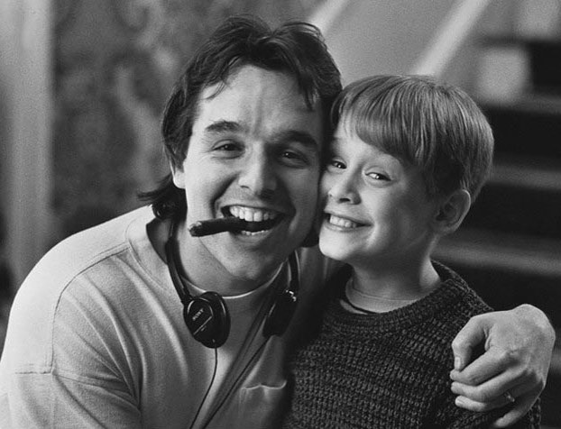 Director Chris Columbus and Macaulay Culkin behind the scenes of 'Home Alone' (1990)