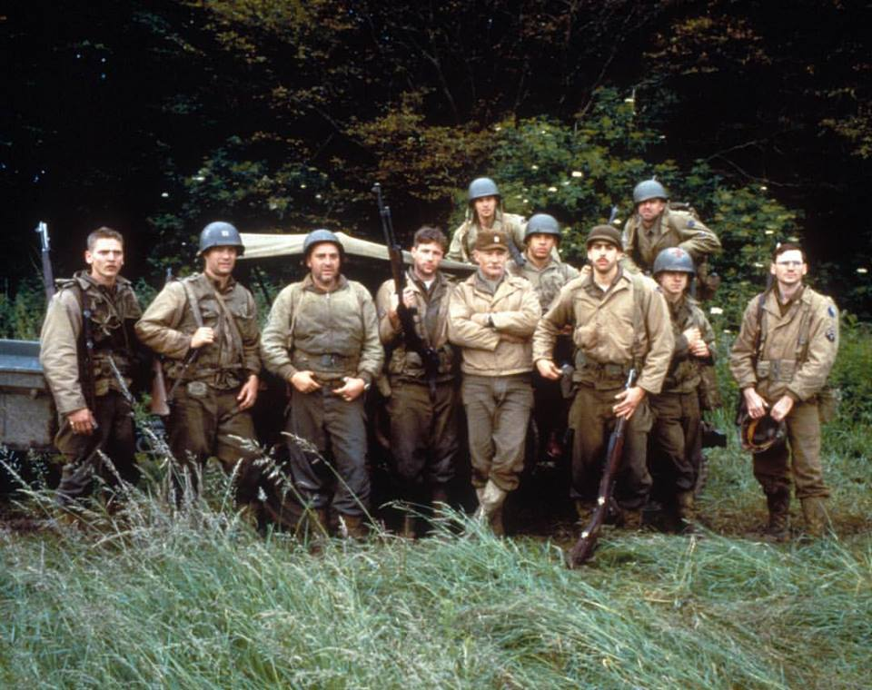 Barry Pepper, Tom Hanks, Tom Sizemore, Edward Burns, Dale Dye, Vin Diesel, Adam Goldberg, Giovanni Ribisi and Jeremy Davies. The cast of 'Saving Private Ryan' (1998)