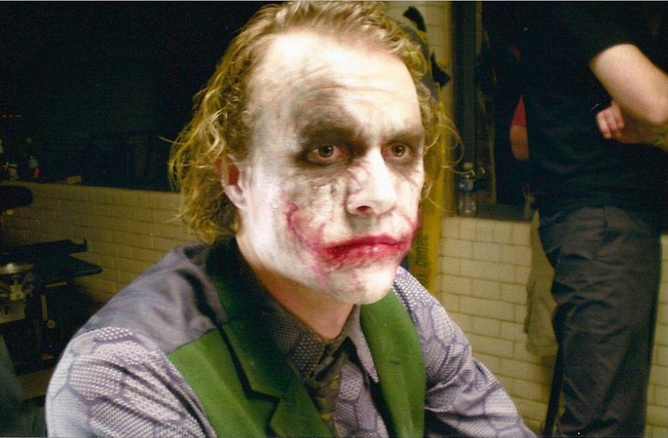 Heath Ledger behind the scenes of