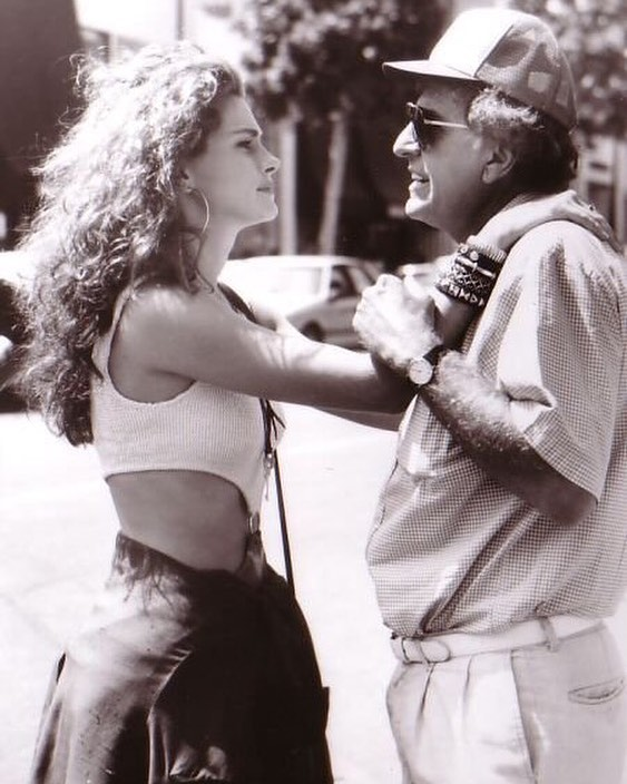 Gary Marsahall (1934 - 2016). In this photo with Julia Roberts behind the scenes of