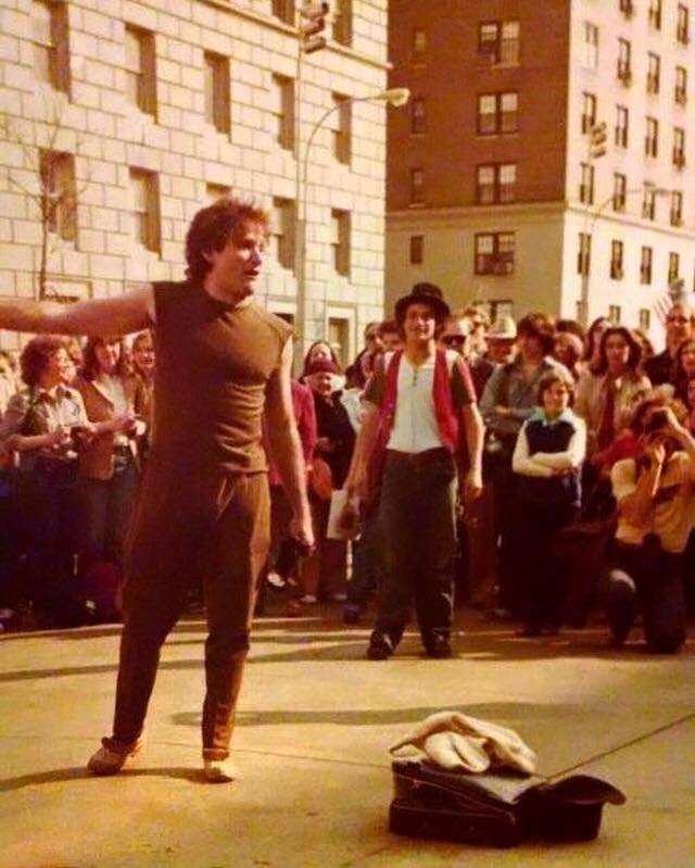 Robin Williams street performing in New York City, 1979