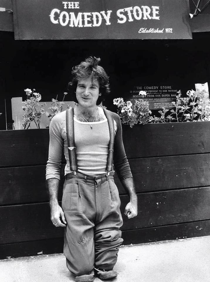 Robin Williams clowning around outside The Comedy Store, 1978