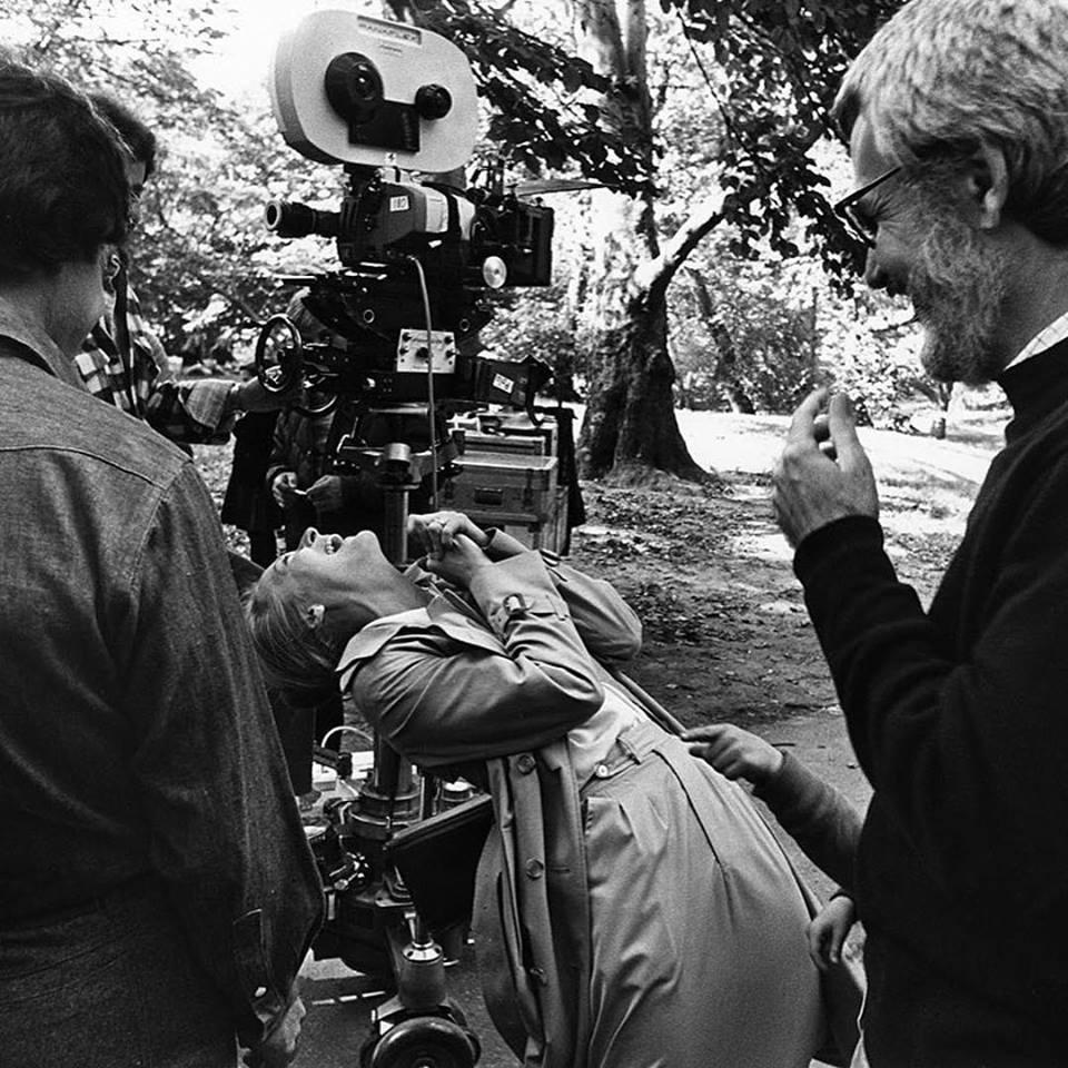 Dustin Hoffman, Meryl Streep, and director/writer Robert Benton on location during production of 'Kramer vs. Kramer' (1979)