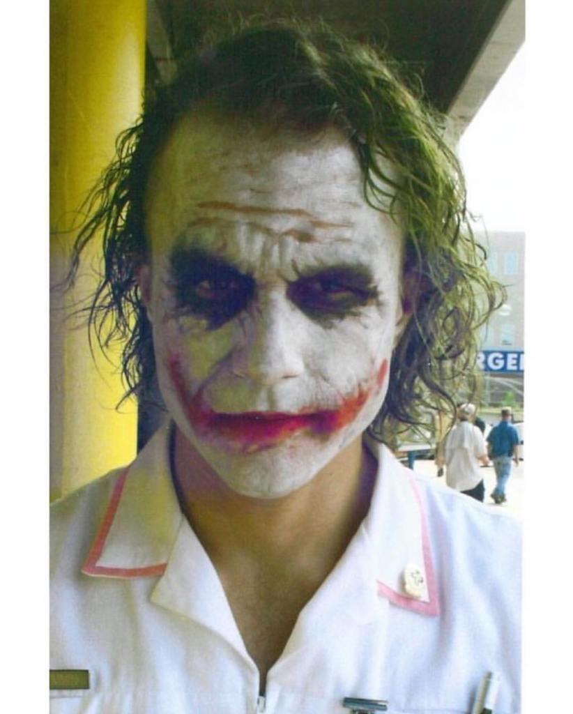 Heath Ledger on the set of