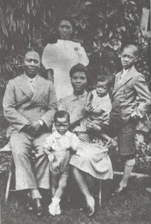 Image of the The Ransome-Kuti family, c.1940.